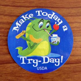 "Cafeteria ""Try Day!"""